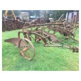 ANTIQUE SINGLE BOTTOM PULL TYPE PLOW