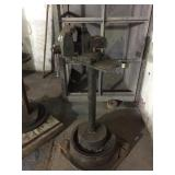 WILTON VISE ON STAND