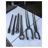 ASSORTED BLACKSMITH TONGS / PLIERS