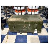 Military Foot Locker w/ Inside Tray