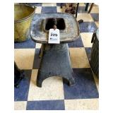 """Heavy Cast Iron Anvil Stand, 20"""" tall"""