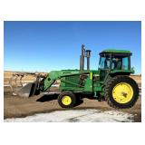1982 JD 4440 Tractor with Farmhand F258 Loader*