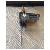 McCulloch electric chain saw works