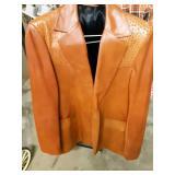42l leather coat