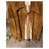 42 l leather jacket