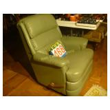 Green Recliners - Matching Pair (2) - Very Clean
