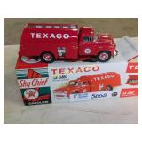 Texaco 1958 GMC Fuel Tanker with Pumps  Die Cast