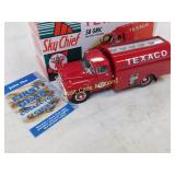 Texaco - 1958 GMC Fuel Tanker with pumps - By 1st