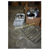 Kitchen Lot- Glasses, Coffee cups, Bowels and