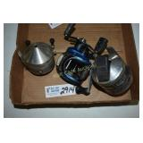 Fishing Reels lot of 3- Zebco and Bluemax