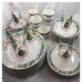 39 Pieces Sakura Christmas Cheer Dishes
