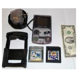 Game Boy Color w 2 Games - Powers on