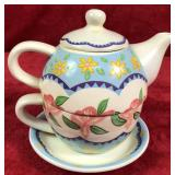 Tea/Coffee Pot, Cup and Saucer Combo