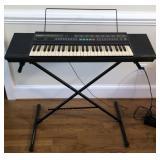 Yamaha PSR-28 Keyboard and Stand