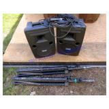 PORTABLE POWERED SPEAKER w/ MIC & STANDS