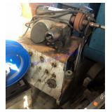 AMMCO brake lathe (twin facing tool)