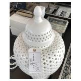 "WHITE LACE GINGER JAR LAMP  12"" X 24"""