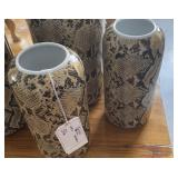 SNAKE PRINT JARS WITH LID 18""