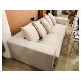 FABRIC MOTION SOFA WITH 5 PILLOWS