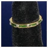 14K GOLD AND EMERALD COLORED ENAMEL RING SIZE 6.5