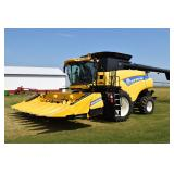 Harvesters - Combines  NEW HOLLAND CR8080 11291927