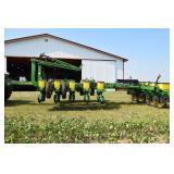 Planting Equipment - Planters  JOHN DEERE 1770 112