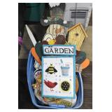 Garden & Holiday Decorations
