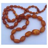 JEWELRY. Butterscotch Amber Beaded Necklace.