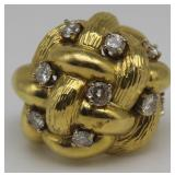 JEWELRY. 18kt Gold Woven Ring with Diamonds.