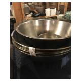 LOT OF LARGE MIXING BOWLS