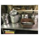 STOCK POTS AND SOUP WARMER