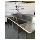 Stainless Steel 3 Compartment Sink, Sprayer Faucet