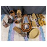 12 Wooden Items