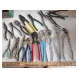 Channel Locks / Pliers / Ring Pliers / Etc