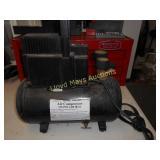 Central Pneumatic 115PSI Air Compressor & Accs