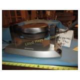 Waring Pro Electric Waffle Iron