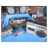 5pc Vintage Boom Boxes & Transistor Radios