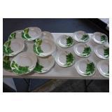 8 Dinner-8 Salad Leaf Plates Vietri - Hillsboro,NC
