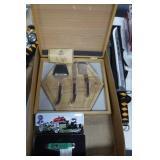 Schrade Tractor Knife w/ Case & Knife Set