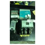 Lot of four power supply