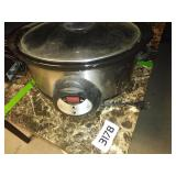 Large Crockpot - Tested and Powers On