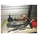 Kitchen drawer Lot -Tons of Kitchen Utensils +More