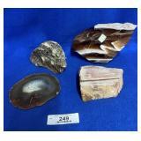 4 Rocks