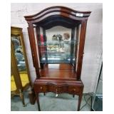 Curio Cabinet w/Tapered Legs