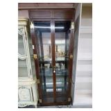 Henredon Glass Display Cabinet w/Bevel Glass Doors