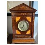 Mantle Clock w/ Inlay Design