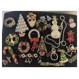 Christmas Pins & Earrings