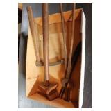 Blacksmith Tongs & 2 Hammers
