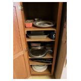 Baking Pans, Platters, Pyrex, etc.