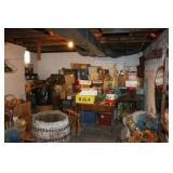 Large Dealer Lot in Walkout Basement!